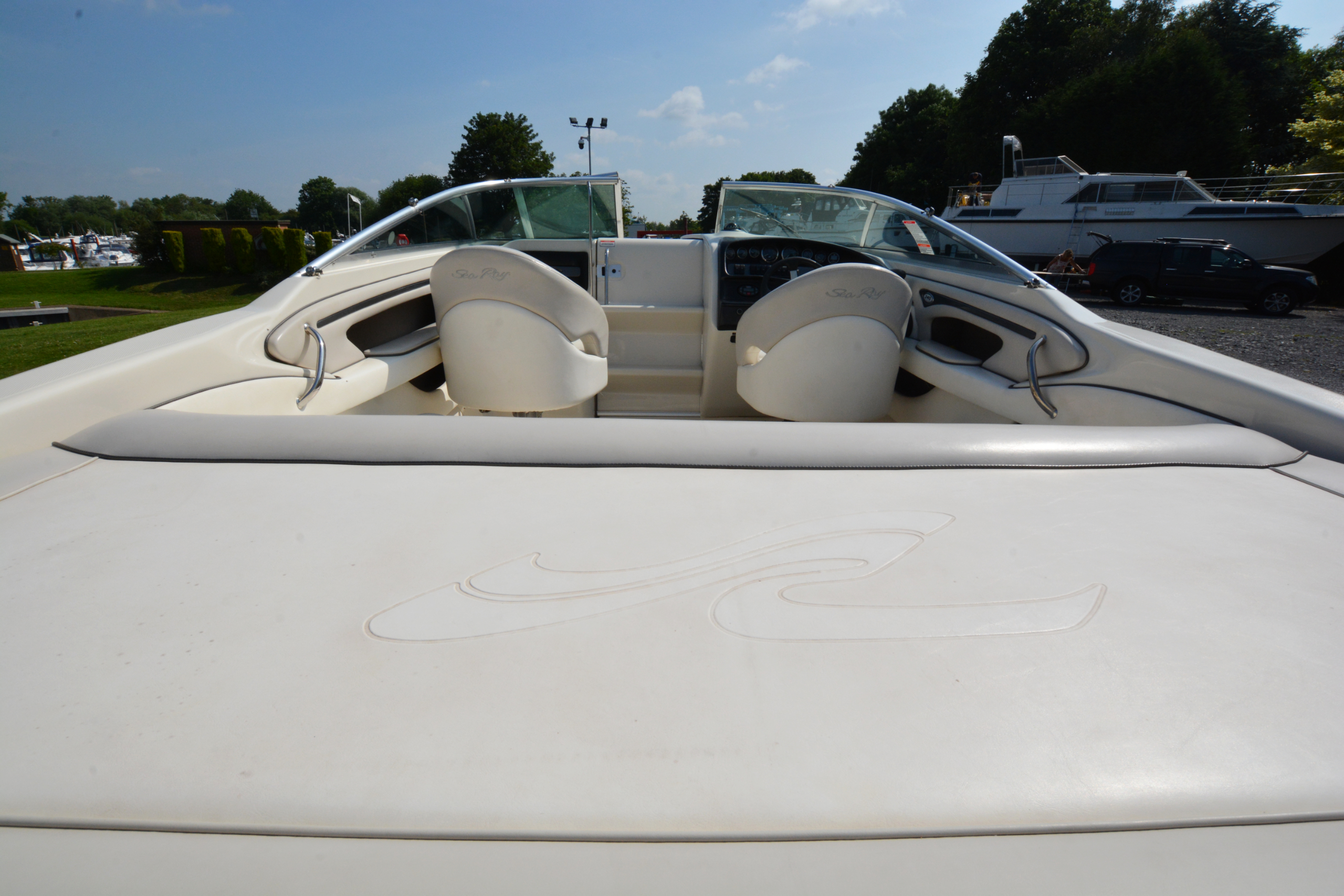 Sea Ray 240 Weekender For Sale £22,500